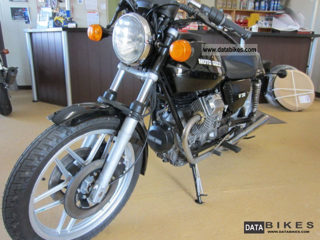 1977 Moto Guzzi  V50 built 1977 restored Motorcycle Motorcycle photo