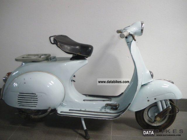 1961 Vespa  125 VNB2T Motorcycle Scooter photo