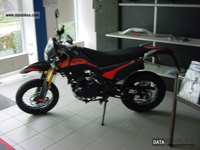 2012 Keeway  Luxxon M Supermoto Liger 125 Motorcycle Enduro/Touring Enduro photo