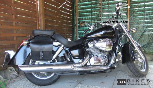 2004 Honda  vt 750 c4 Motorcycle Chopper/Cruiser photo
