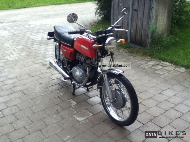 1972 Honda  CB 125 Motorcycle Lightweight Motorcycle/Motorbike photo