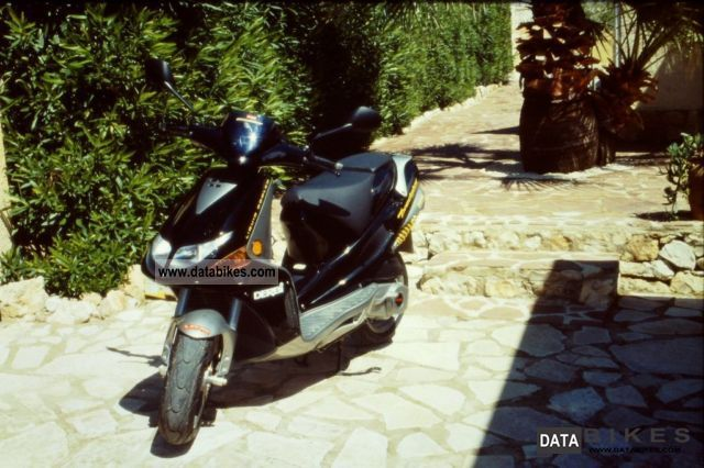 2002 Derbi  Predator Motorcycle Scooter photo