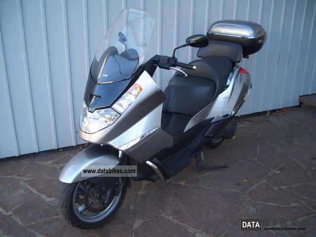 2001 Aprilia  Atlantic 500 Motorcycle Scooter photo