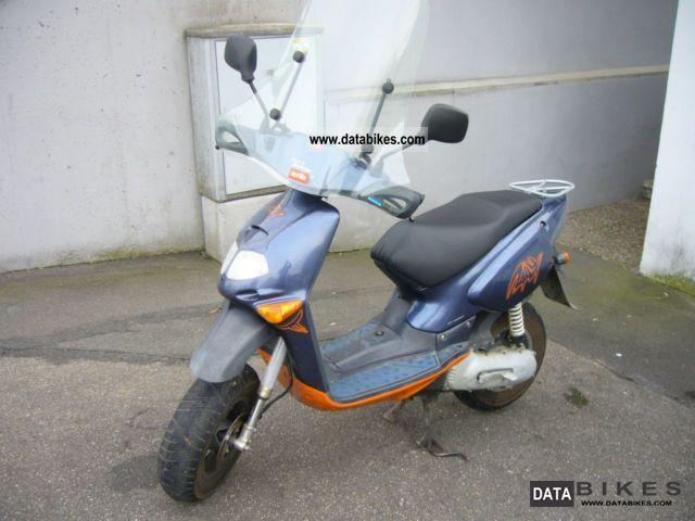 2001 Aprilia  Rally Motorcycle Scooter photo