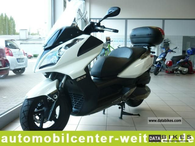 Kymco  Downrown 300i ABS 2011 Scooter photo