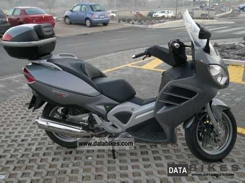 2009 Malaguti  Spidermax 500RS Motorcycle Scooter photo