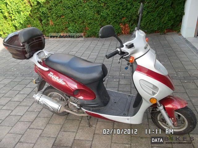 Baotian  Benzhou 2003 Scooter photo