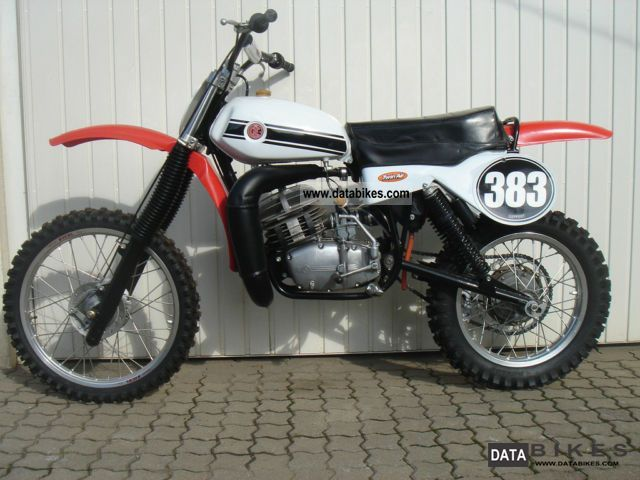 1989 Jawa  CZ 513 twinshock 250cc, Moto Cross, Vintage Motorcycle Rally/Cross photo