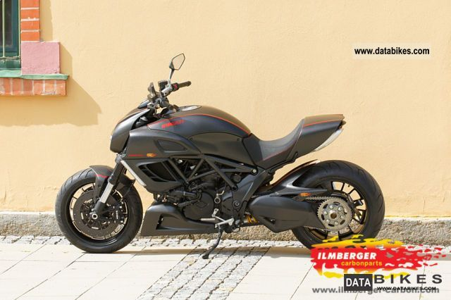 2010 Ducati  Diavel Carbon with full equipment Motorcycle Chopper/Cruiser photo