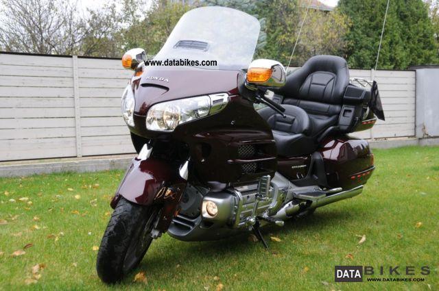 2008 Honda  gold wing Motorcycle Chopper/Cruiser photo