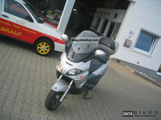 2002 Vespa  X 9 Motorcycle Scooter photo