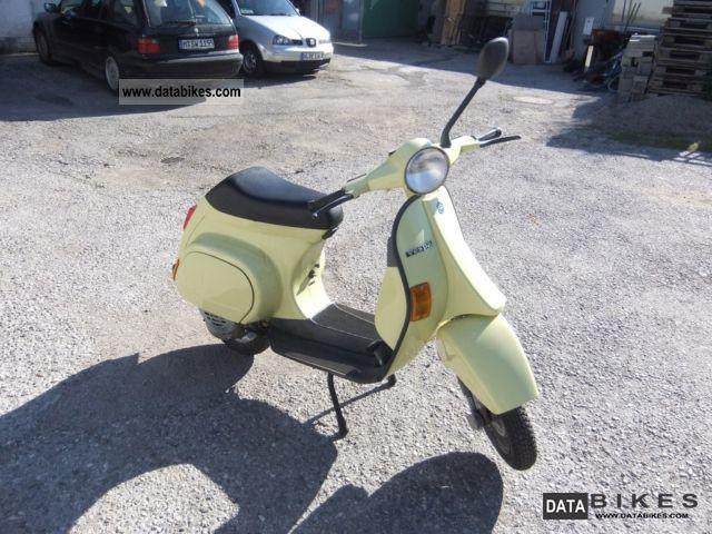 1989 Vespa  50 N Motorcycle Scooter photo