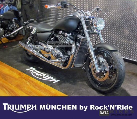 2012 Triumph  Thunderbird Cobalt Chrome Black Chrome Belt Motorcycle Chopper/Cruiser photo