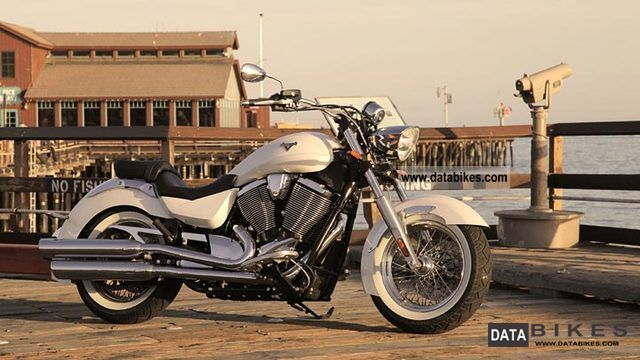 2012 VICTORY  Boardwalk Pearl White Motorcycle Chopper/Cruiser photo
