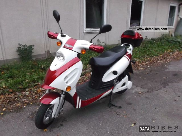 Linhai  Electric scooter -45 km/h- only 0.60 EUR/100km, 55km 2012 Electric Motorcycles photo