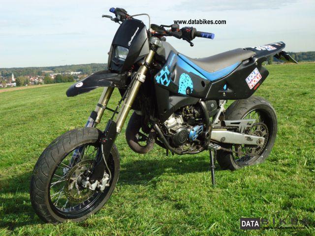 2004 Husqvarna  SMS Motorcycle Lightweight Motorcycle/Motorbike photo