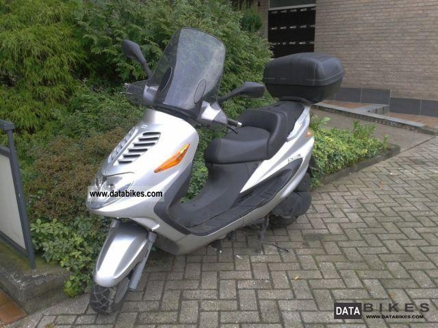 2010 Italjet  Millenium 125 Motorcycle Scooter photo