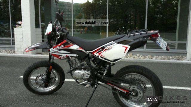 2012 Beta  RR 125 Motorcycle Enduro/Touring Enduro photo