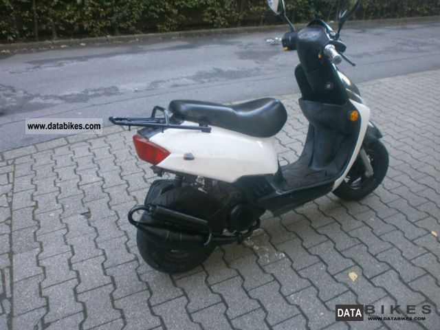 2009 Keeway  b57 Motorcycle Motor-assisted Bicycle/Small Moped photo