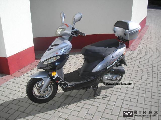 2009 Zhongyu  REX cc 460 ---\u003e 50 --- Roller\u003e 3800 KM! Motorcycle Scooter photo