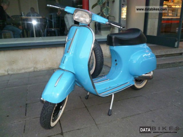 Vespa  50cc 1975 Vintage, Classic and Old Bikes photo