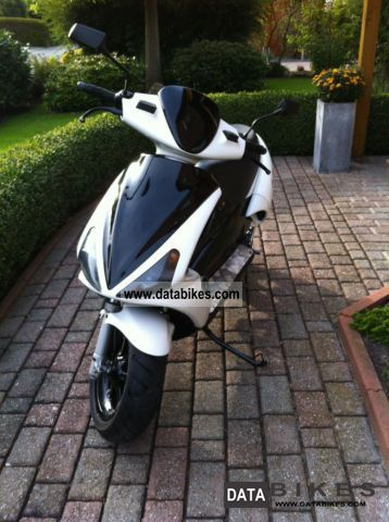 2000 Benelli  Roller BA01 Motorcycle Motor-assisted Bicycle/Small Moped photo