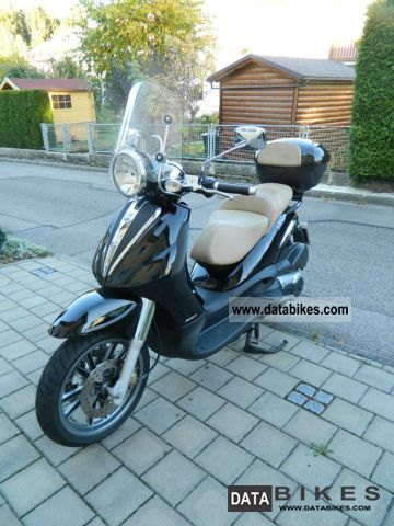 Piaggio  Beverly Cruiser 500 2010 Scooter photo