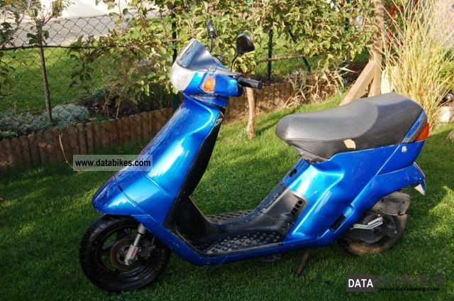 1998 Derbi  Vamos M 25, Mofroller Motorcycle Motor-assisted Bicycle/Small Moped photo