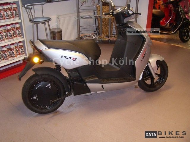 e-max  S-90 2012 Electric Motorcycles photo