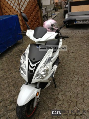 2009 Adly  50 eng Scooters Motorcycle Motor-assisted Bicycle/Small Moped photo