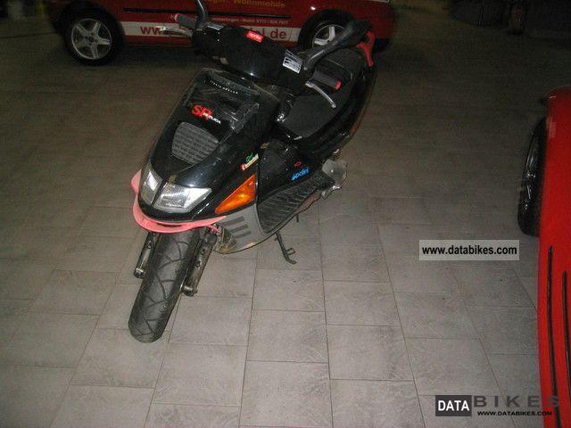 2002 Aprilia  Sr Replica 50 LC Motorcycle Scooter photo