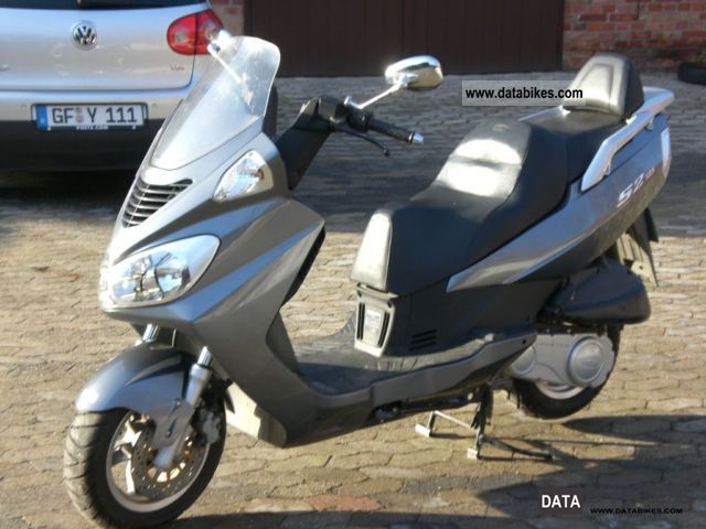 2007 Daelim  S2 125 Motorcycle Scooter photo