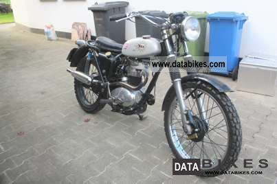 BSA  b40 1975 Vintage, Classic and Old Bikes photo