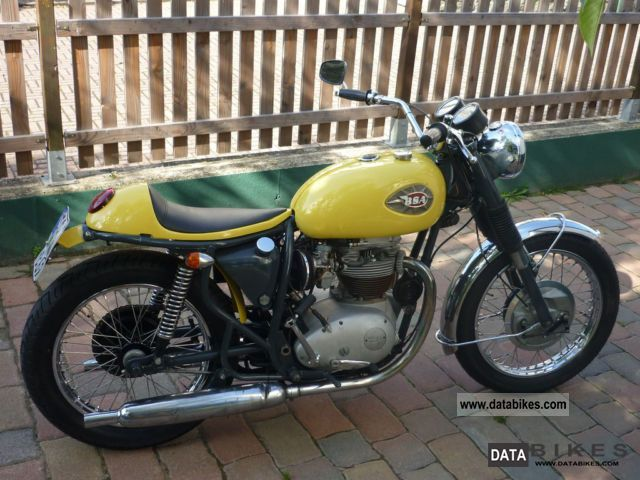BSA  650 lightning 1968 Vintage, Classic and Old Bikes photo