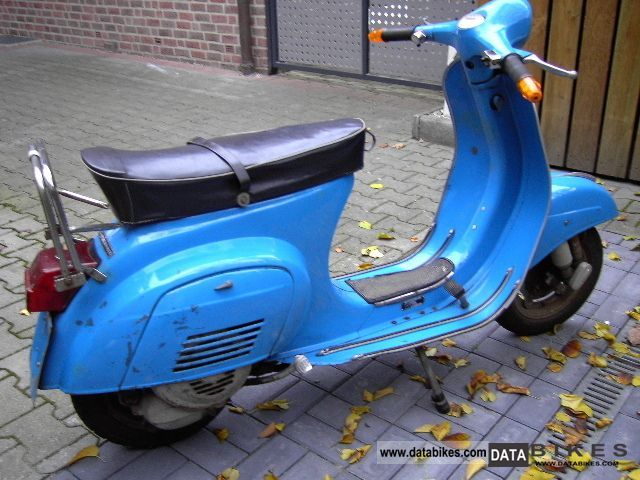 Vespa  Primavera 1975 Vintage, Classic and Old Bikes photo