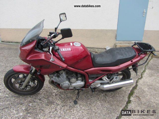 1997 Yamaha  XJ 900 Motorcycle Tourer photo