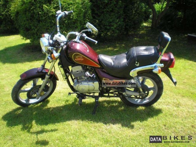 2005 Hyosung  Chopper 125 cmc Motorcycle Chopper/Cruiser photo