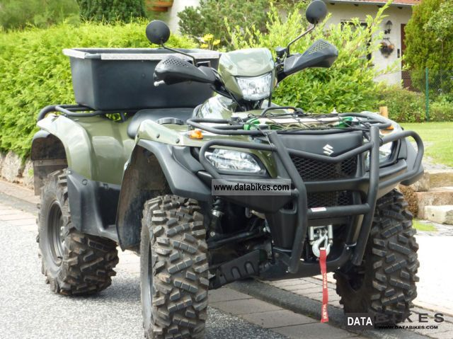 2007 Suzuki  KingQuad with wind and snow warning sign Motorcycle Quad photo