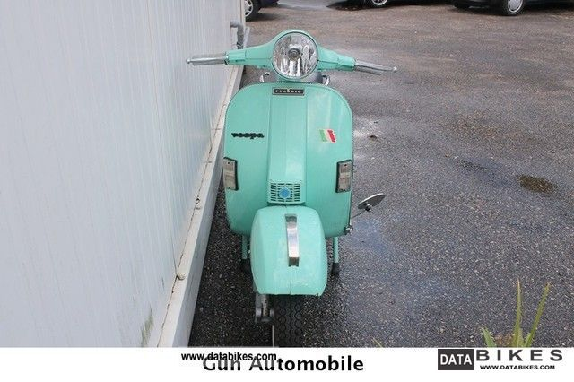 1981 Vespa  PIAGGIO 125 Motorcycle Scooter photo