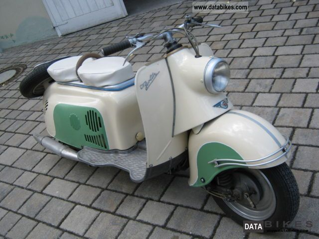 Vespa  Berlin 1961 Vintage, Classic and Old Bikes photo