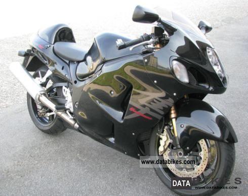 Suzuki  GSX1300R black 2006 Streetfighter photo