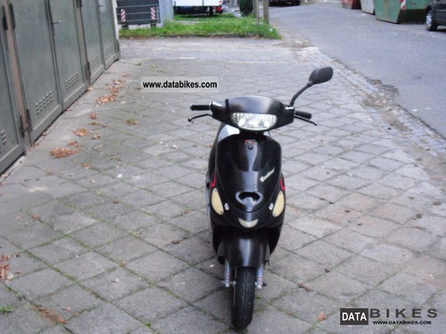 2005 Baotian  BT50QT Motorcycle Scooter photo