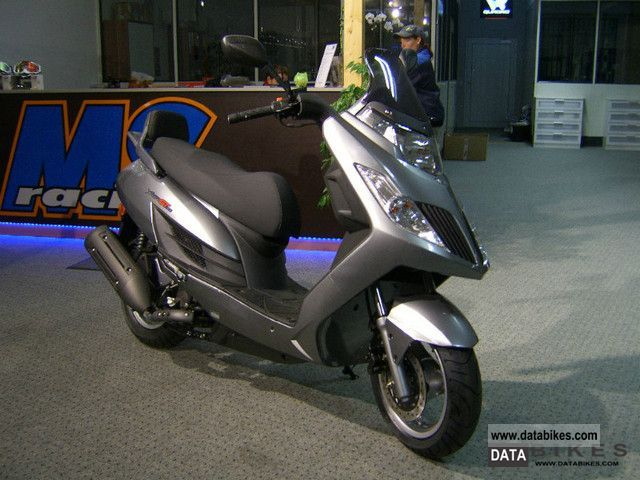 2012 Kymco  Yager GT Motorcycle Lightweight Motorcycle/Motorbike photo