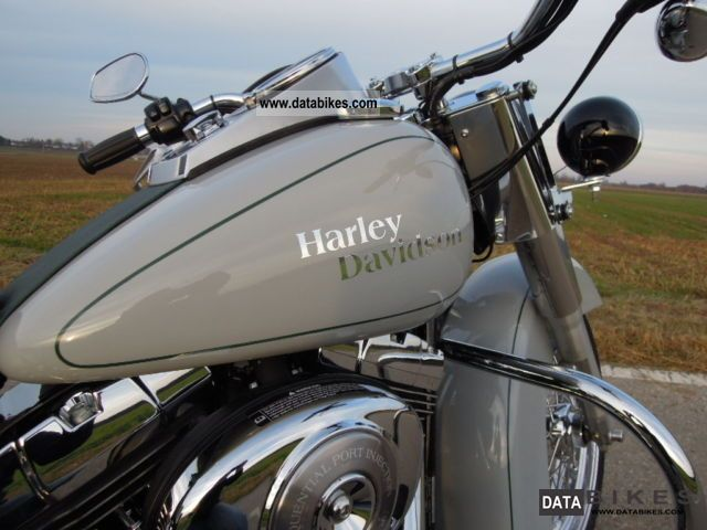 2005 Harley Davidson  Heritage Classic Vintage Motorcycle Chopper/Cruiser photo