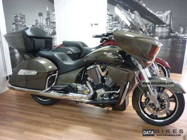 2012 VICTORY Cross Country Tour Model 2013 with ABS Nr.3071