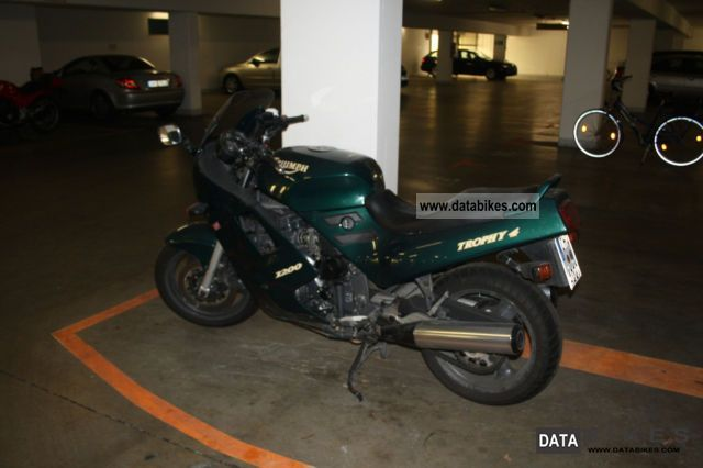 1995 Triumph  1200 Trophy 4 Motorcycle Sport Touring Motorcycles photo