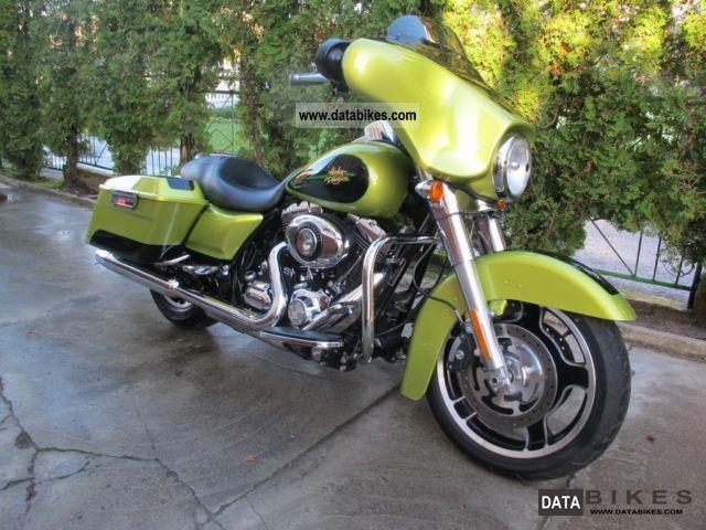 2011 Harley Davidson  FLHX Motorcycle Chopper/Cruiser photo