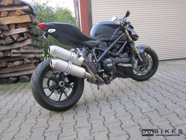 Ducati  848 Streetfigh TER BLACK EDITION 1599 KM first HAND 2012 Streetfighter photo