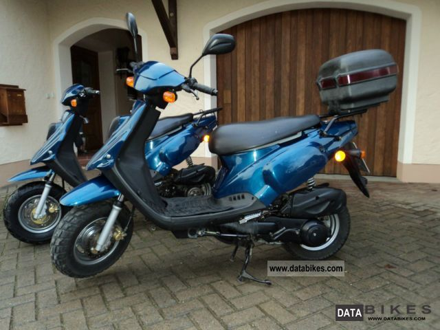 2000 Pegasus  Sky Motorcycle Scooter photo
