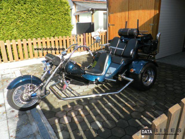 2001 Boom  Famelie 4 Motorcycle Trike photo